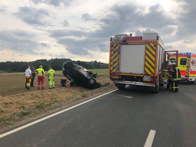 Verkehrsunfall zwischen Helmarshausen und Langenthal