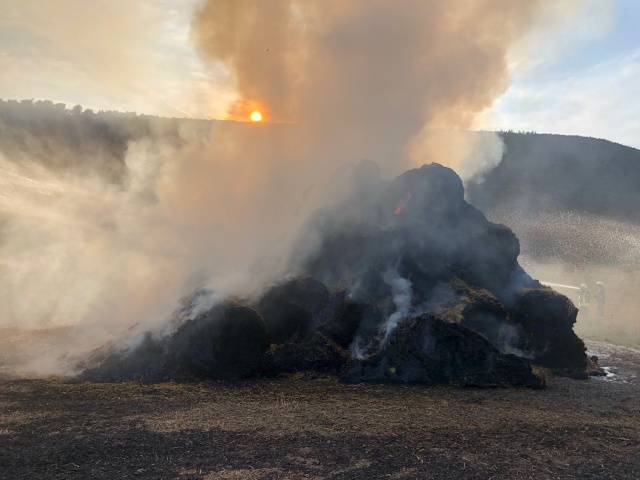 Strohballenbrand in Wahmbeck